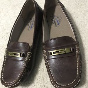 Brown slip on dress shoes